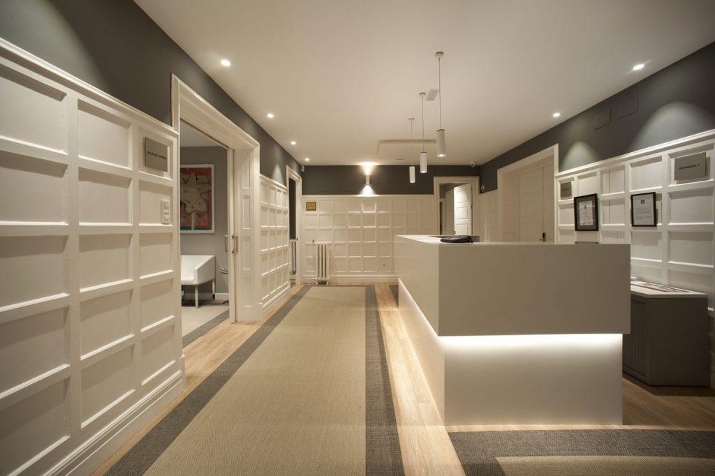 diseño de oficinas en bilbao AMSA IMQ perspectiva recepecion 2 Juan Luis Bilbao